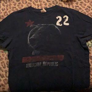 Hollister shirt size M